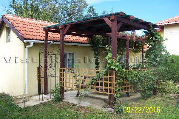 villa-sept-2016-1311378146F-98A1-DB3A-250A-31DE3DBFDA23.jpg